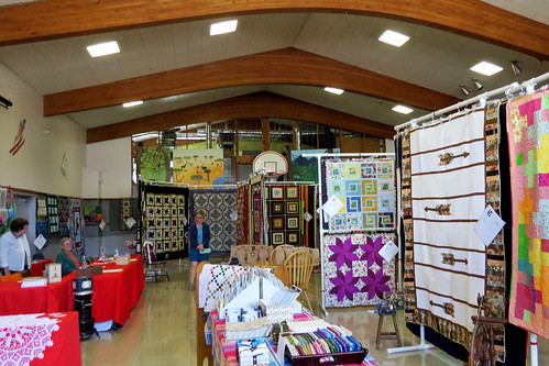 councilidahoquiltshow quiltshow countryquilts postcardshot charliewambekephotography wambekewambeke wambekewambekephotographyarttextiles canonpowershotsx50photograph