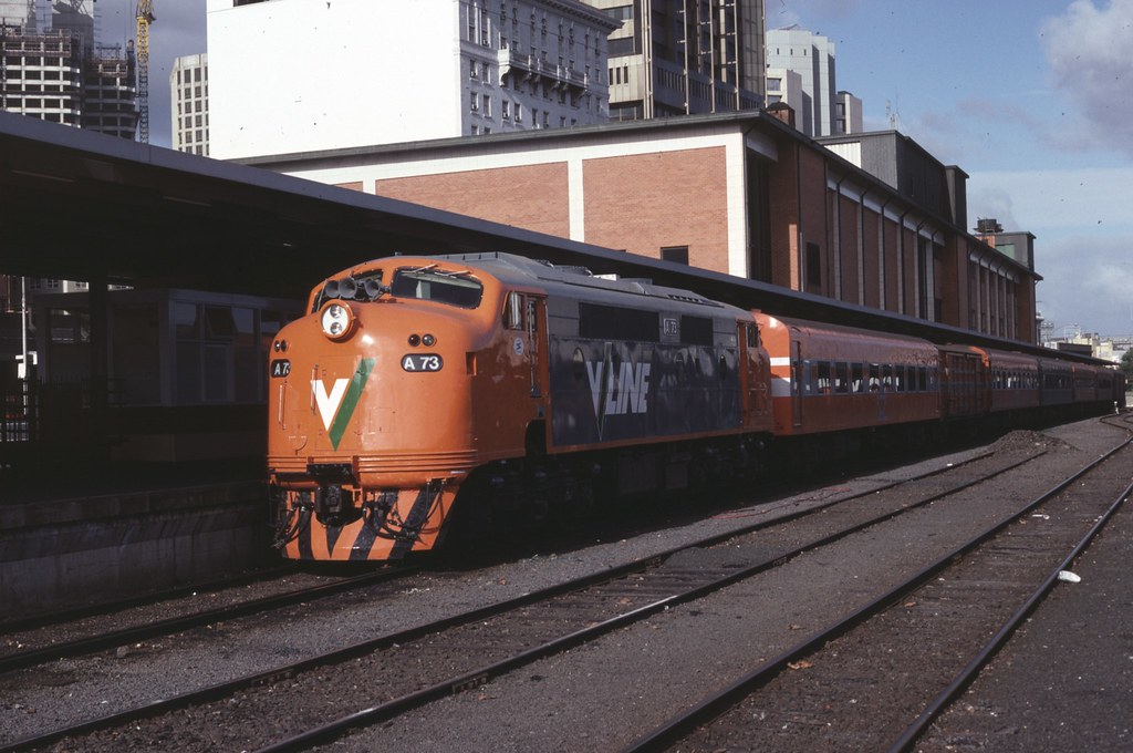 A73 at Spencer Street Station by Alan Greenhill