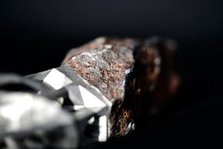 Peugeot-Design-Lab-Onyx-Sculpture-Metorite-&-3D-Printed-Metal-003