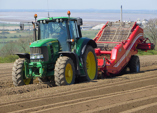 Preparing Potato Beds near Horkstow   by D H Wright