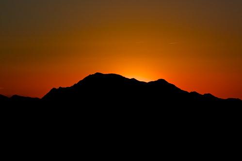 sunset mountains silhouette night spain nikon clear glowing peaks outline ridges roughedges comunidaddevalencia nikond7100 callasodesegura holiday3013