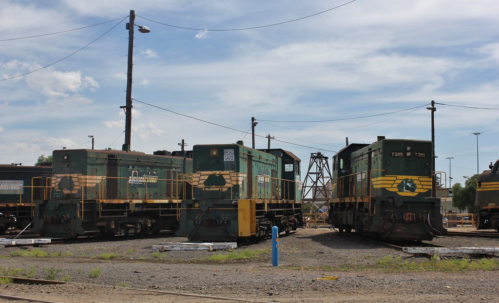 Y119 Y1xx and T399 also sit stored around the Dynon turntable by bukk05