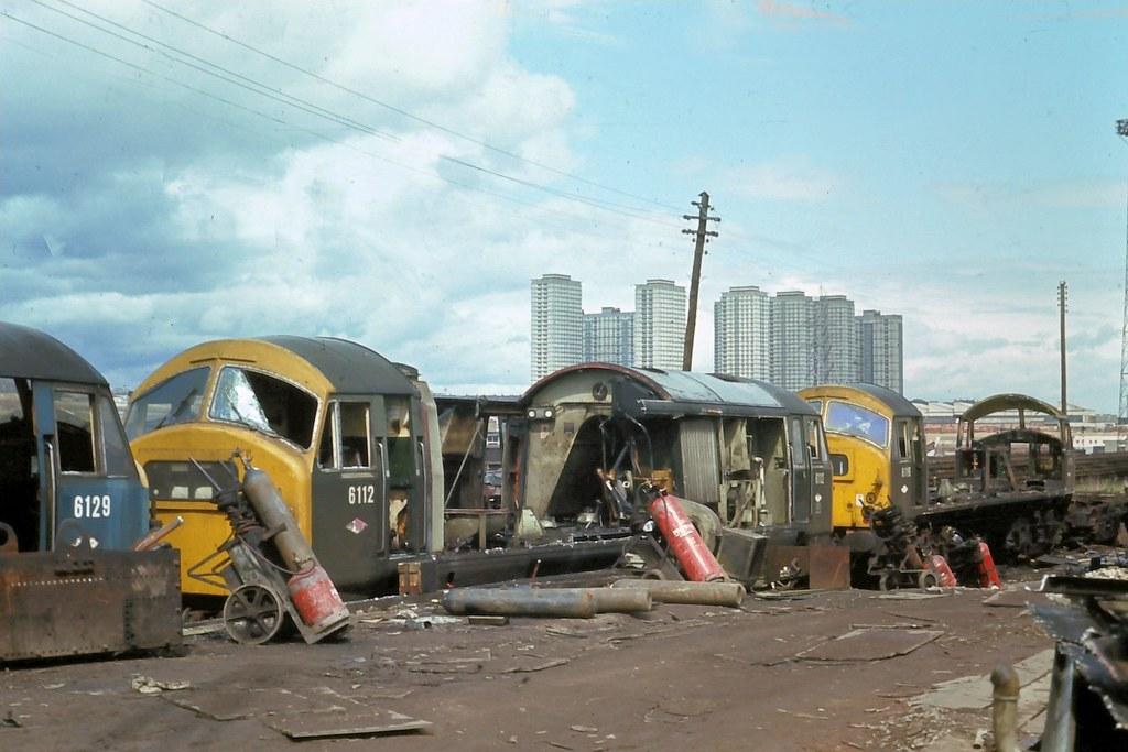 72 135 100672  Glasgow Works D6129 +D6112+D6116