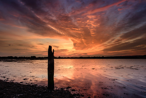 uk sunset seascape seaweed clouds reflections still nikon post haylingisland hampshire september lee nd filters grad southcoast d800 oldpost langstoneharbour lotsofcolour sunsetsnapper