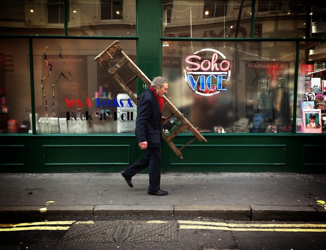 manette street london iPhone street