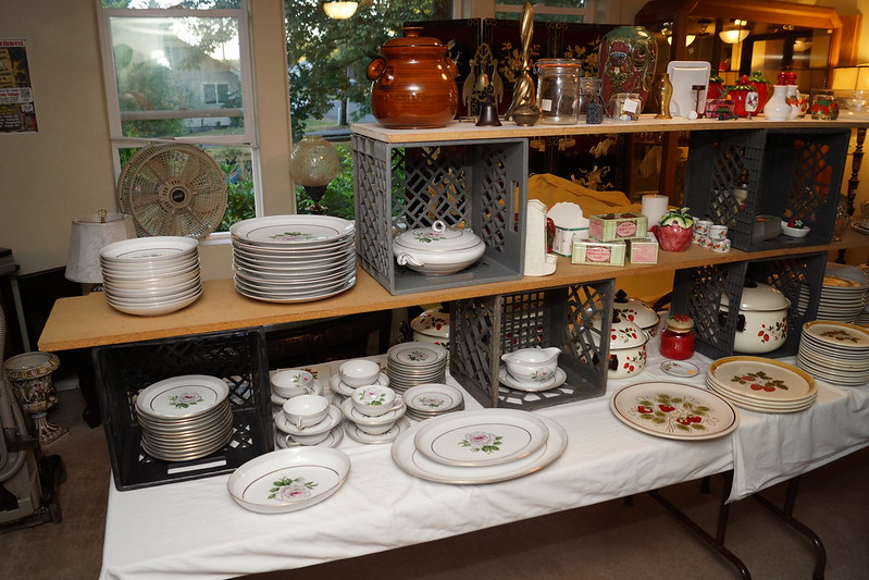 Huge Estate Sale! Castle Rock, WA August 23, 24 & 25 - 2013! Photo #DSC04744