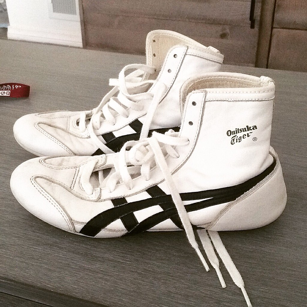 online retailer d8fa6 d2a7e Onitsuka tiger wrestling shoes size 7.5 for sale | Size 7 1 ...