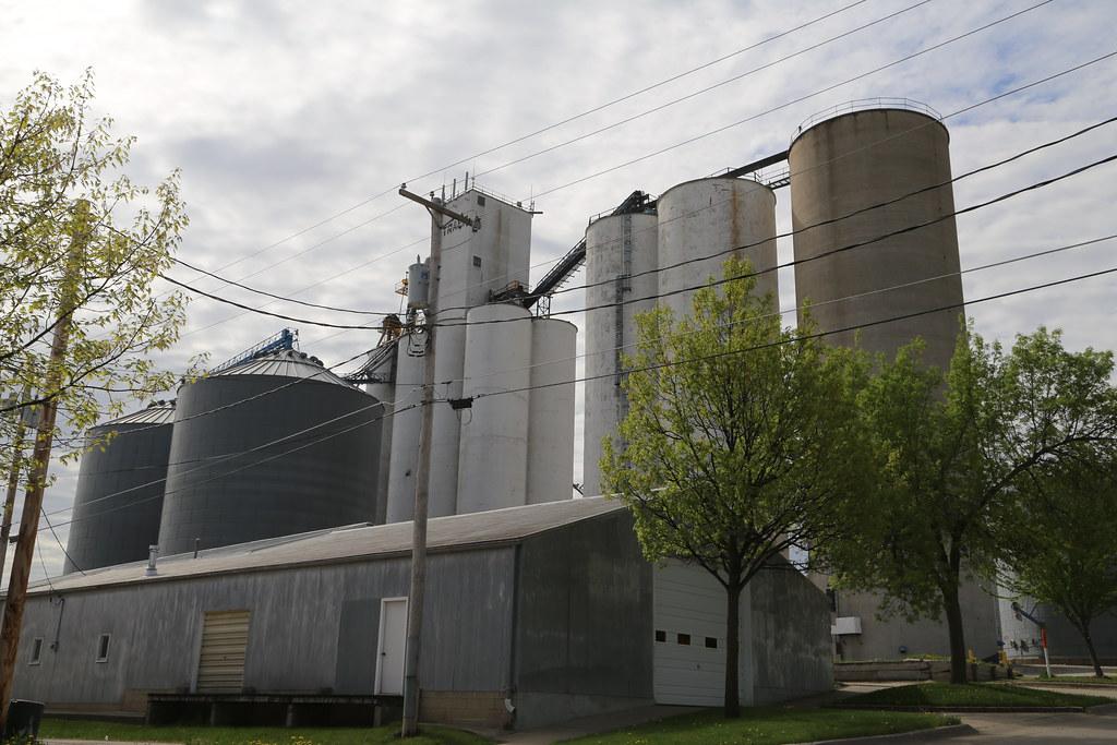 Traer Iowa, Grain Elevator, Tama County IA | Google Map Offi