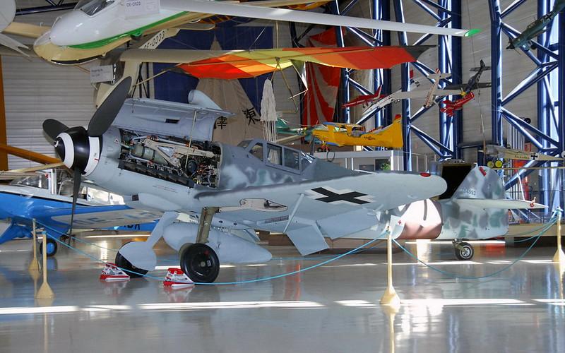 Messerschmitt Bf-109G-6 (1)
