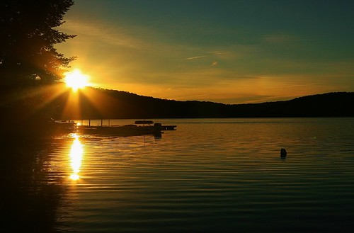 morning lake ontario sunrise dock haliburtonhighlands