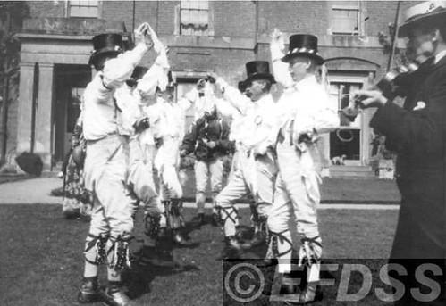 D22 Morris dancers