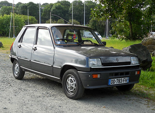 Renault 5 TL Laureate   by Spottedlaurel