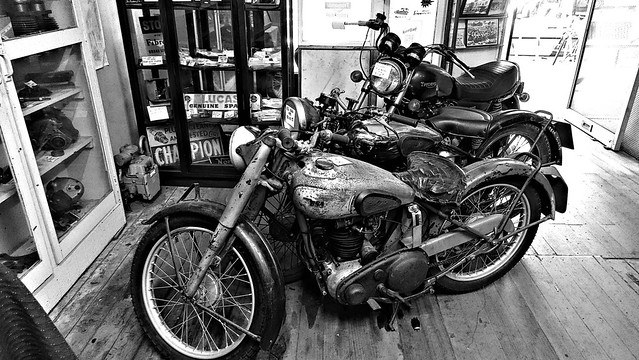 MODAK MOTORCYCLES III _ ID HEARN MACKINNON