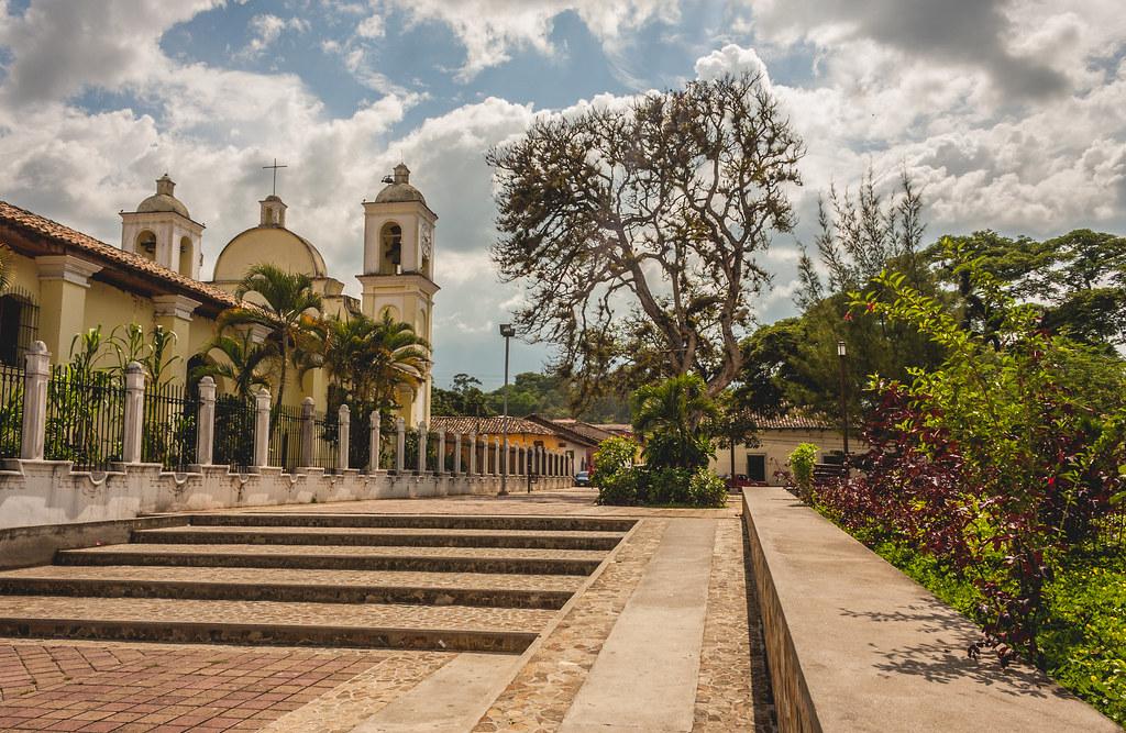 Parque Gracias, Lempira | TODOS LOS DERECHOS RESERVADOS 2014… | Flickr