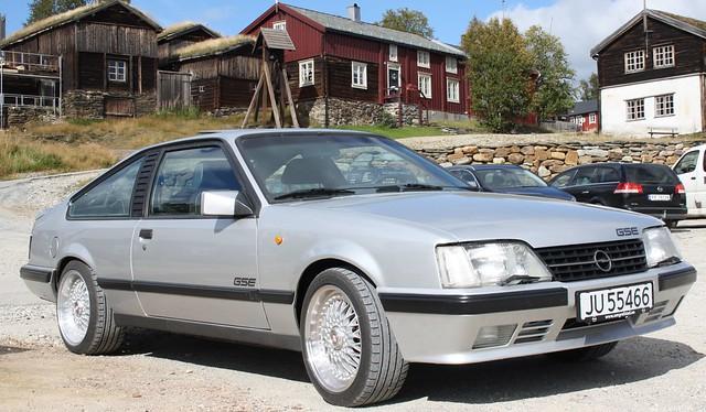 Opel Monza GS/E