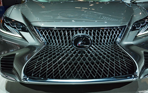 2018 Lexus LS 500 Photo