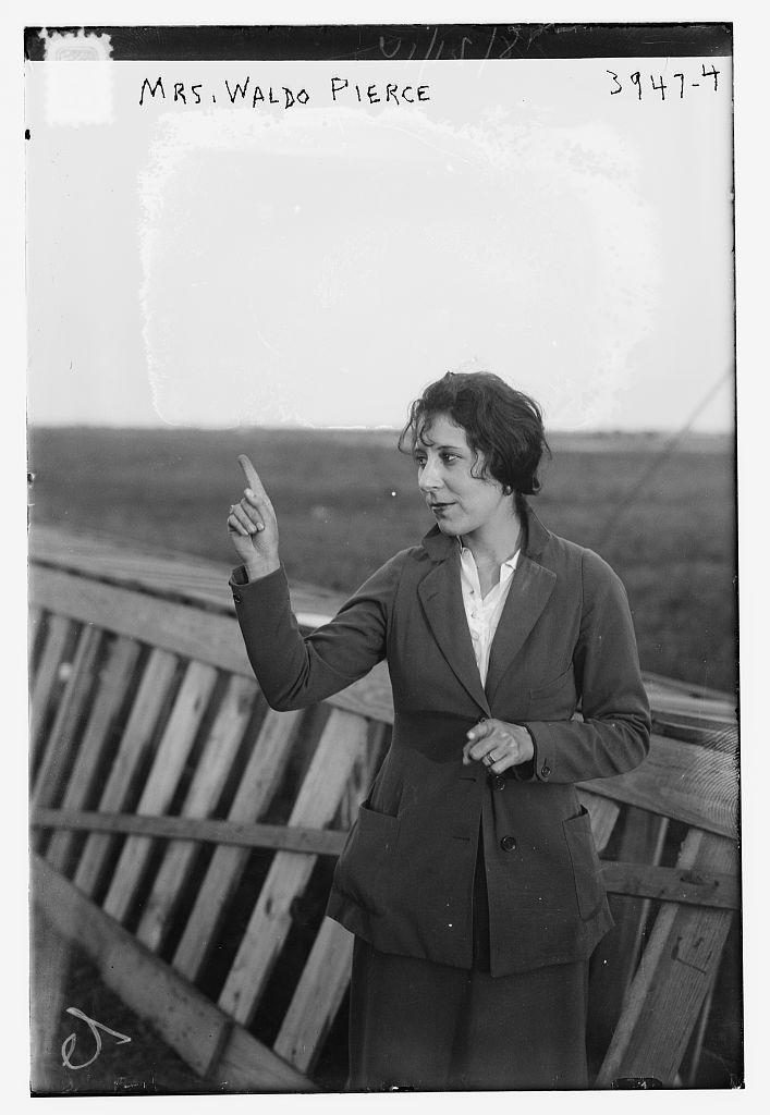 Mrs. Waldo Pierce (LOC)
