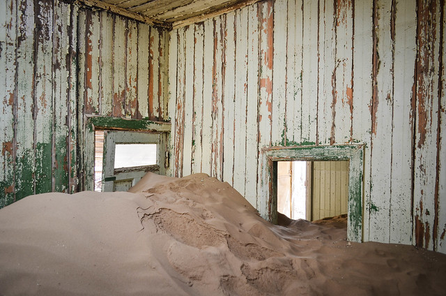 Kolmanskop ghost mining town - Sand invading the old houses
