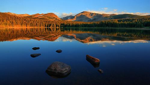 lake mountains sunrise reflections landscape rockies dawn colorado indian rocky wilderness peaks brainard