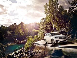 Volvo-XC90-Ext-2014-x-2015-09