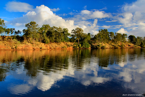 reflections landscape view australia nsw wingham cloudreflections rurallandscape midnorthcoast manningriver manningvalley winghambrush