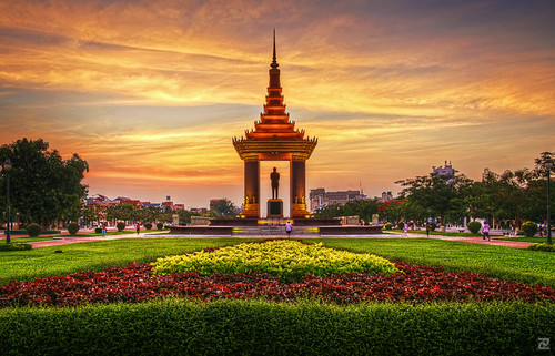 monument sunrise dawn artistic phnompenh hdr sihanouk
