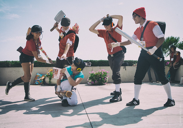 TF2 Red Scout vs Blue Scout Cosplay