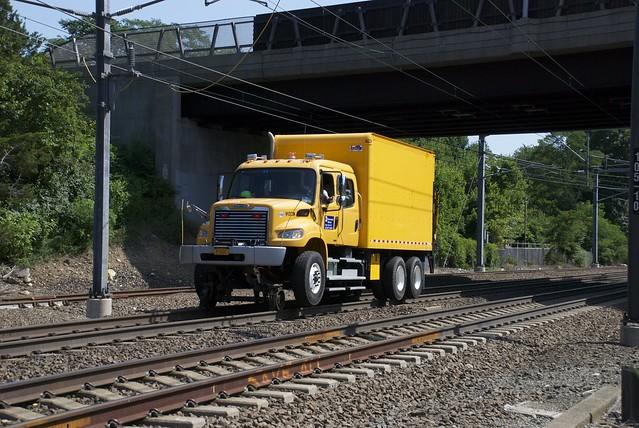 Metro North Box Truck