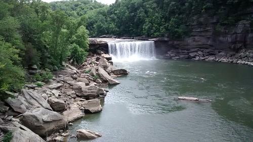 Cumberland Falls, KY | by danielthornton