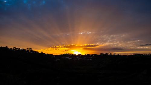 light sunset sky luz clouds raios cloudy céu pôrdosol nuvens rays pds fujifilms6500 ruinunes
