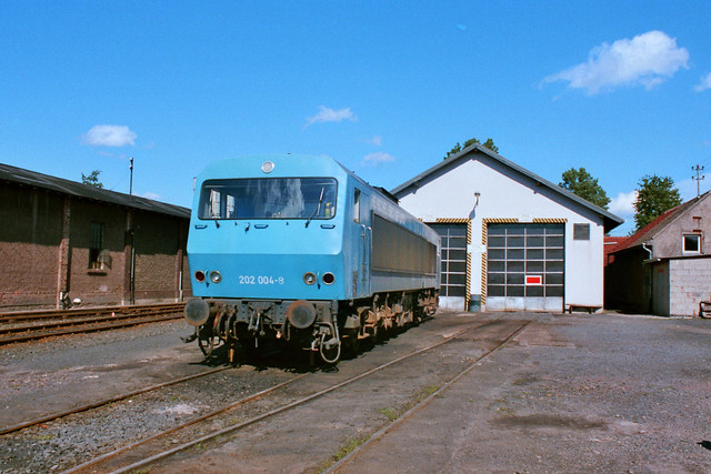 HEG: Henschel-Mietlok 202 004-8 im Bw Schenklengsfeld