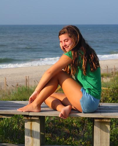 usa cute beach girl america bench geotagged us nc unitedstates candid unitedstatesofamerica northcarolina sleepy northamerica cousin emeraldisle oceanfront ashbrook crystalcoast carteretcounty boguebanks canonef24105mmf4lisusm canoneos50d markaveritt