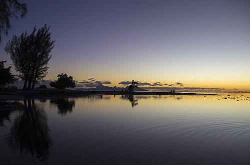 sunset pacificocean coucherdesoleil oceansunset sunsetislands sunsettahiti