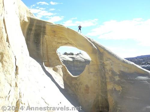 utah arch desert grandstaircaseescalantenationalmonument