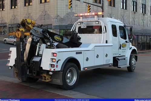 Gregs Towing Freightliner | by Seluryar