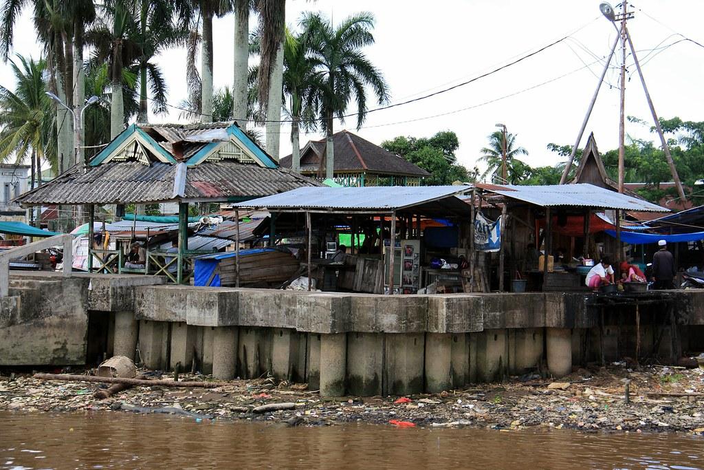 Kampong betting pontianak indonesia rabbetting bit