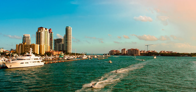 One afternoon from Government Cut, Miami Beach. © ®