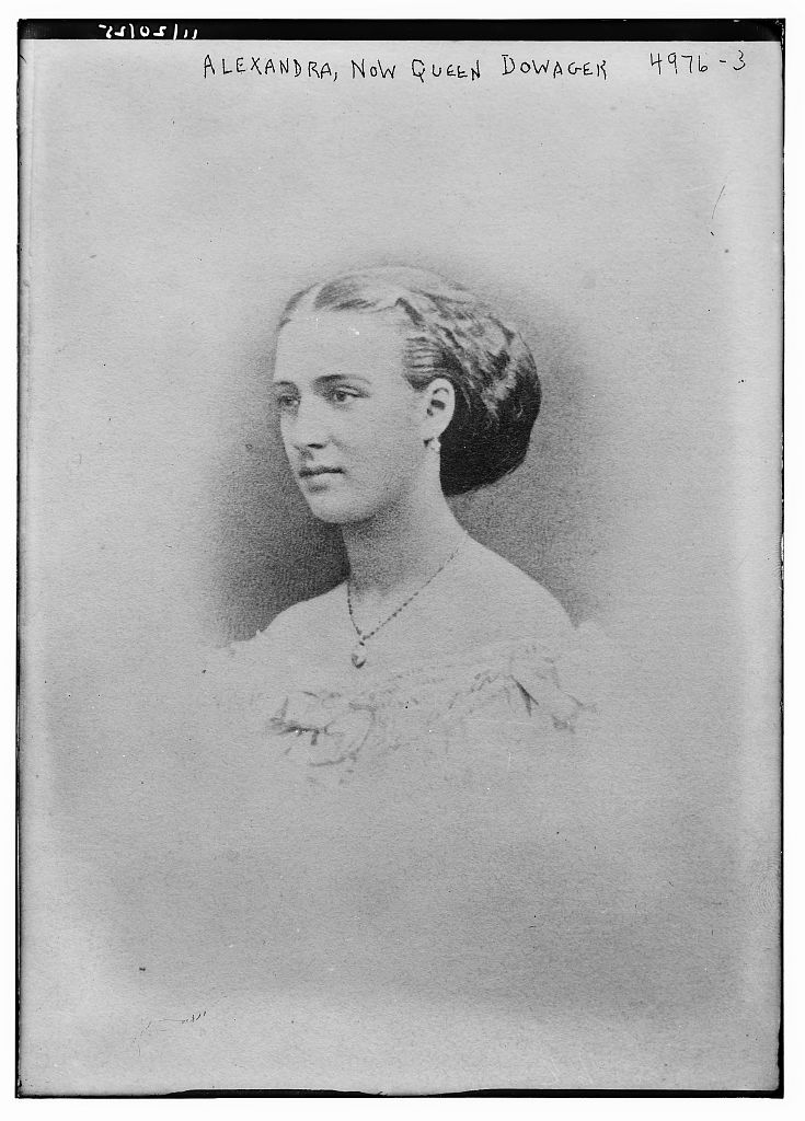 Alexandra, now Queen Dowager (LOC)