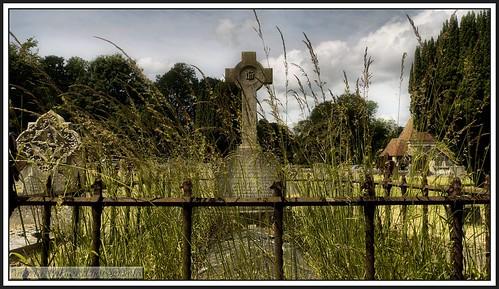 cemetery graveyards churches views churchstreet gravestones wallingtonsurrey surreychurches stmarythervirginbeddingtonsurrey
