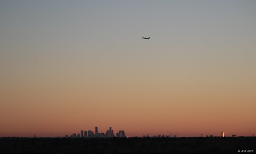 aerial aerialview architecture brotoiah brownsvilletohouston commercialflight downtownhouston flight houston sunset tallbuildings texas unitedairlines vacation viewedfromabove windowseat zeesstof