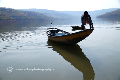 Boat ready to land | by Akbar - Web Designer and Freelance Photographer