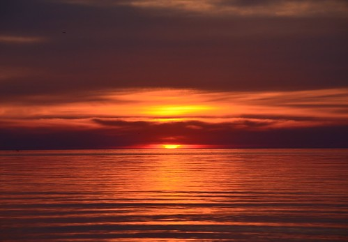 morning sun lake ontario canada water clouds burlington sunrise nikon bfg iamcanadian nikond5100