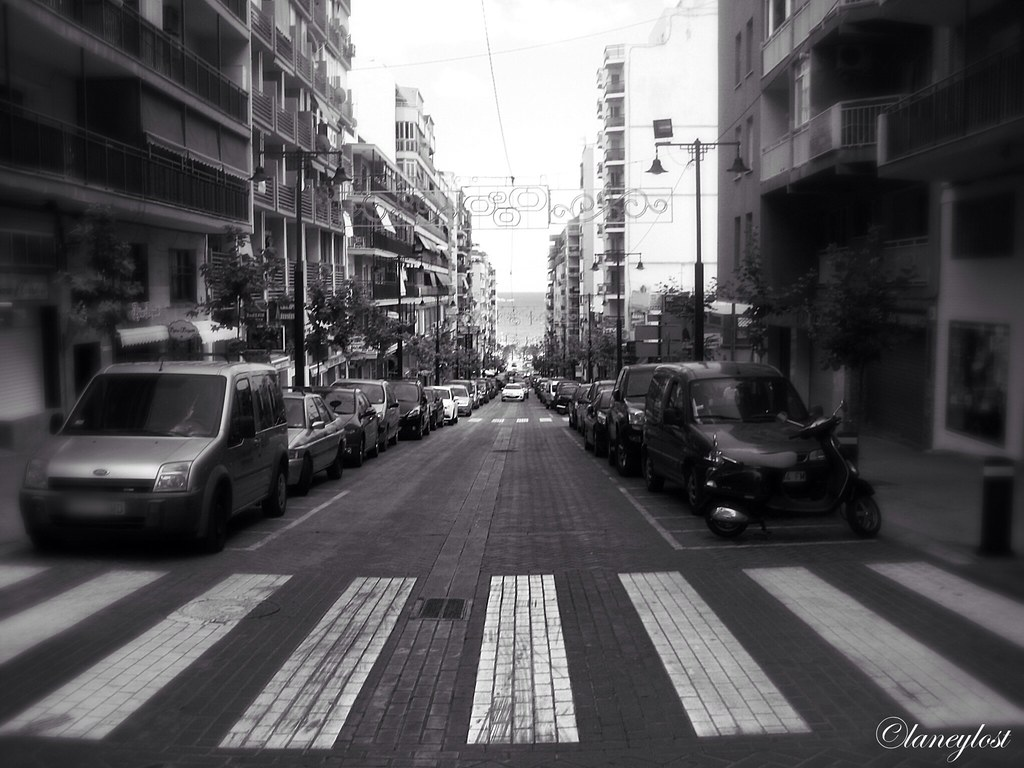 Crossing crossing road street spain europe black white monochrome day car cars calpe urban photography vanishing point photo flickr