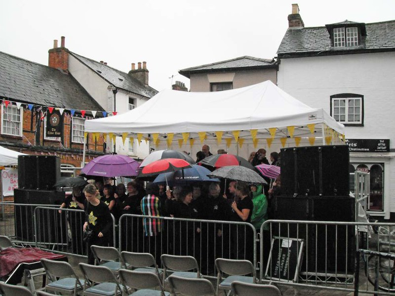 waiting-to-be-singing-in-the-rain---romseys-beggars-fair-14-july-2012_9333108037_o