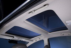 prius-v-five-moonroof