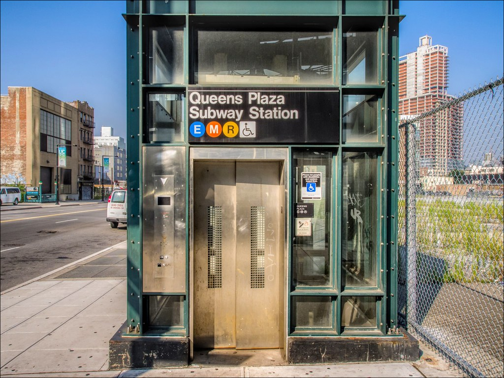 Mta Subway Map Elevators.Queens Plaza Station Structural Detail Elevator Kiosk J Flickr