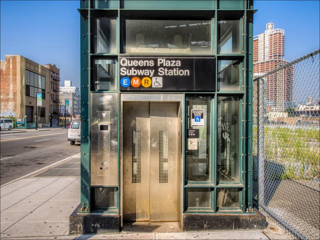Mta Subway Map Elevators.Queens Plaza Station Structural Detail Elevator Kiosk J Flickr