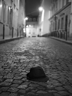 I lost my hat | by Fred Azarty