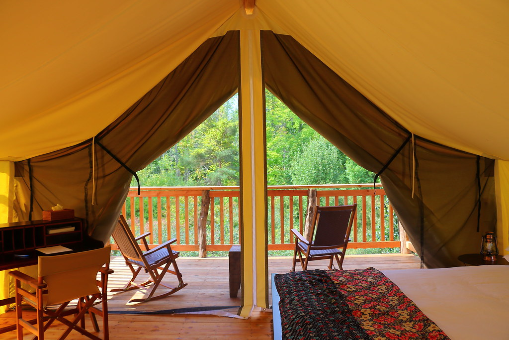 Glamping In The USA: 6 Perfect Sites to Reach by Car