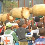 Amani Festival 2014 - Déambulation des tambourinaires dans le public
